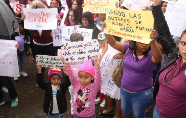chiri-marcha-boquete-violencia-mujer-asesinada_3999.jpg