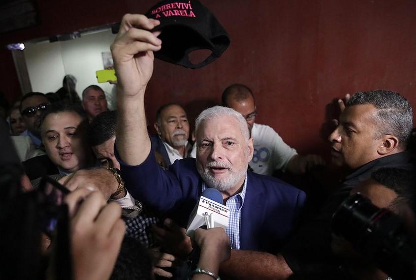 El expresidente Ricardo Martinelli fue declarado no culpable por un tribunal y quedó en libertad el 9 de agosto de 2019. Foto EFE