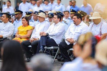 El vicepresidente de la República, José Gabriel Carrizo y el alcalde de Santiago Samid Sandoval son algunas de las autoridades presentes en la celebración.