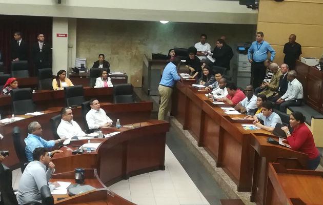 Diálogo en la Asamblea Nacional.