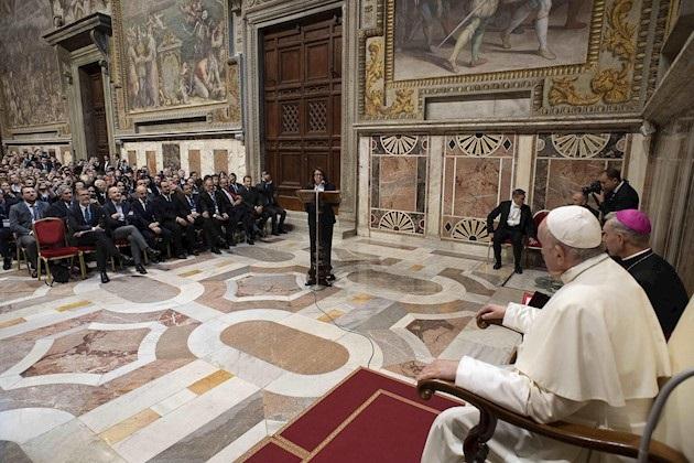 En un extenso discurso, el pontífice denunció y expresó su preocupación por los