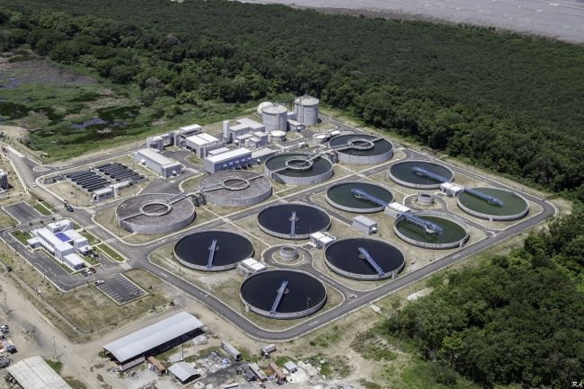 El Programa de Saneamiento de la Ciudad de Panamá y de la Bahía de Panamá lleva varias administraciones gubernamentales.