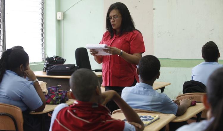 Educadores tendrán su aumento final. Archivo