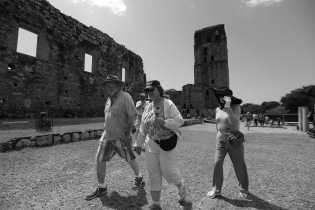 ¿Qué esperamos para remozar la verdadera Ciudad de Panamá, aquellas ruinas que no dicen nada, pero cuyas empedradas calles bien podrían servir como un emporio al turismo mundial? Foto: Epasa.
