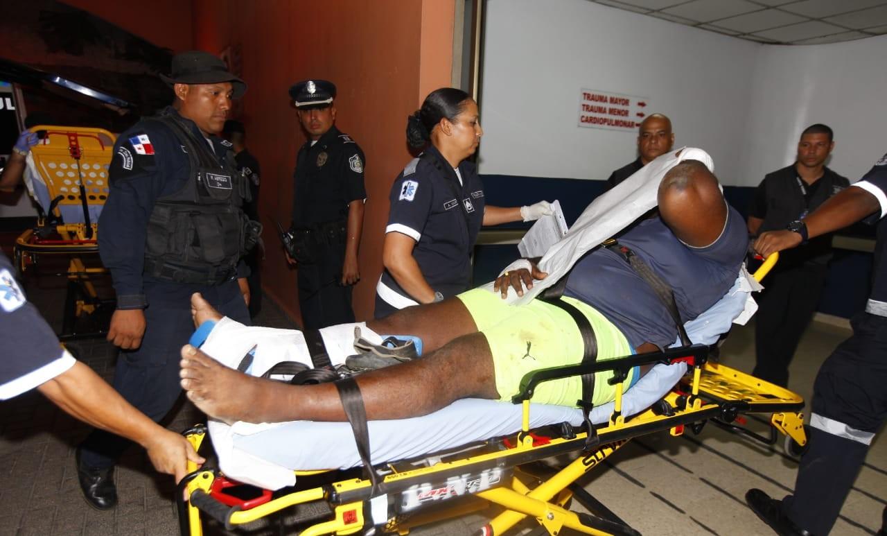 Las autoridades reportaron 14 heridos en la reyerta que protagonizaron los presos de la cárcel La Joyita. Foto Alexander Santamaría