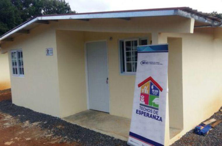 La titular del Miviot, Inés Samudio, explicó que algunas residencias del programa Techos de Esperanza fueron culminadas y asignadas a familias, pero que no se estaban utilizando.