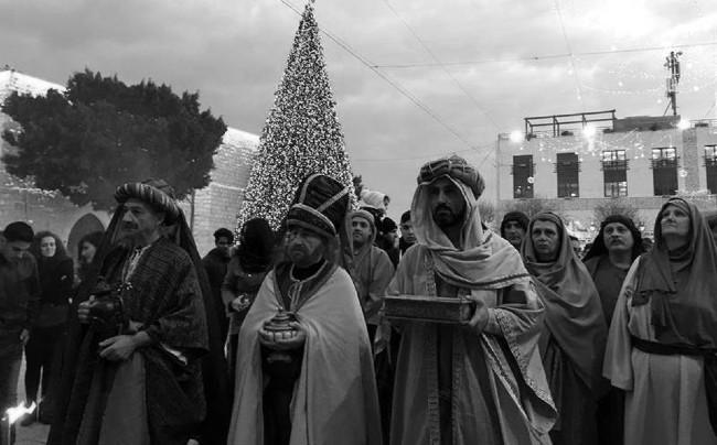 """Representación de los Reyes Magos en Belén. La Epifanía """"per se"""" es la fiesta principal del """"Misterio de la Encarnación"""" del Hijo de Dios, Jesús de Nazareth. Foto: EFE."""