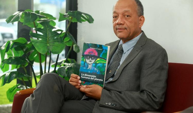 Modesto Tuñón. Su libro 'La dimensión humana del planeta'  analiza un momento histórico de las relaciones globales vinculadas con el medio ambiente.