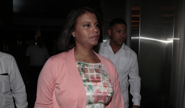 Zuleyka Moore es fiscal superior anticorrupción. Víctor Arosemena
