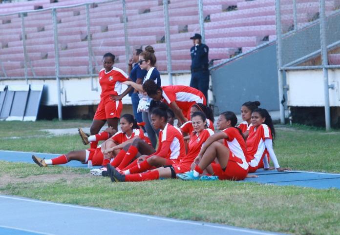 Jugadoras del equipo femenino. Foto: Anayansi Gamez