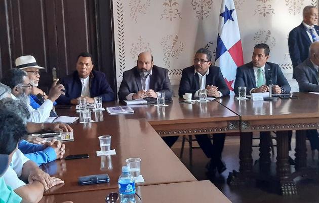 Reunión en el Ministerio de Gobierno. Foto/ Francisco Paz