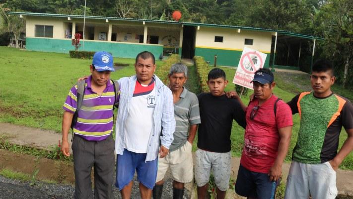 Se informó que unas siete personas lograron escapar del lugar para pedir ayuda. Foto/Melquiades Vásquez