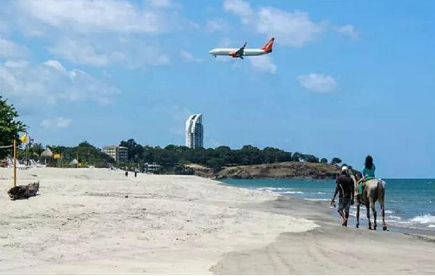 Las playas del interior del país son muy concurridas para el verano. Los turistas extranjeros no han reservado este año, como en años anteriores. Foto: ATP.