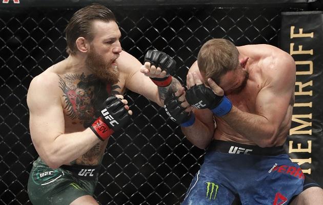 McGregor salió de tres años de inactividad.