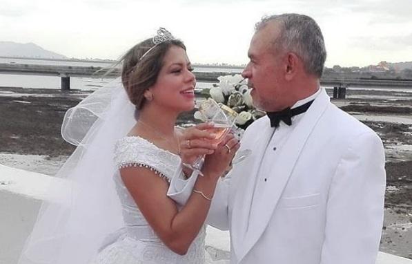 Susan Castillo y su esposo.