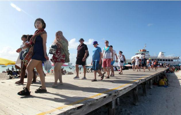 Al año, 15 millones de turistas pasan por Panamá, pero solo 2 millones se quedan. Archivo