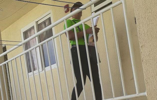 Al personal del Mides han intentado robarle cuando desarrollan su labor de puerta en puerta. Foto: Diómedes Sánchez S.