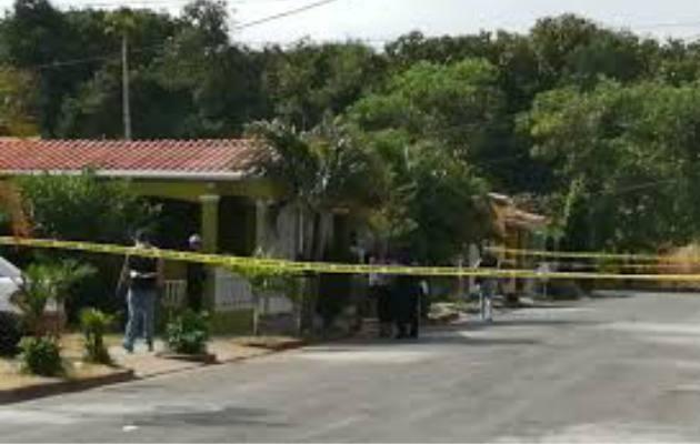 El venezolano le propinó heridas a su expareja con arma blanca. El hecho se registró en Altos de El Tecal.