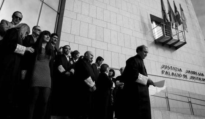 La toga no es la esencia de la función de ejercitar la jurisdicción en nombre del Estado y por la Autoridad de la Ley. Foto: EFE.