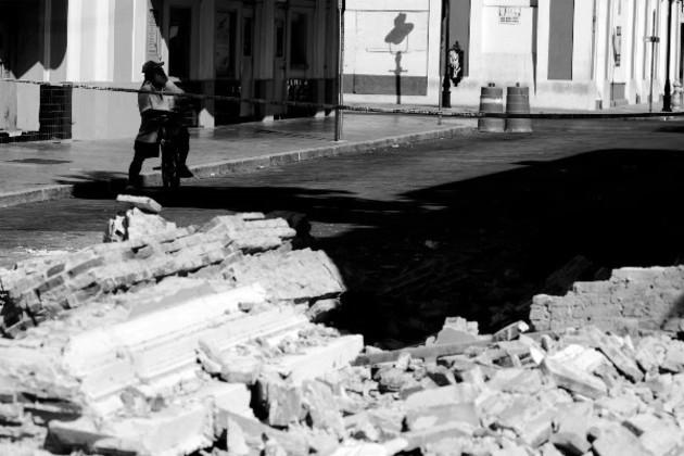 Los científicos creen que el terremoto, que ocurrió este martes 28, se originó en la Fosa del Caimán. Foto: EFE.