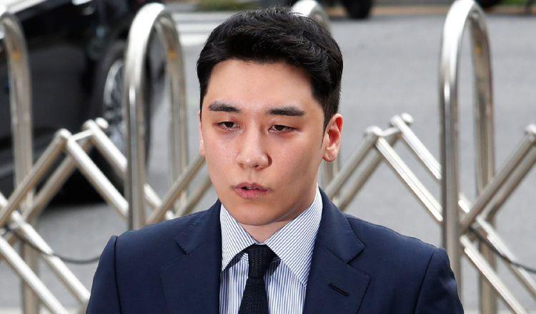 El cantante es exmiembro de la banda de K-Pop Bigbang. AP