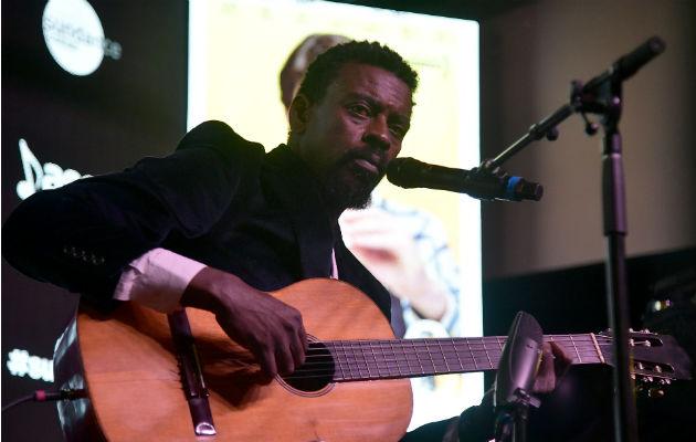 Seu Jorge ha hecho equipo con Rogê en un sombrío álbum. Foto / Michael Loccisano/Getty Images.