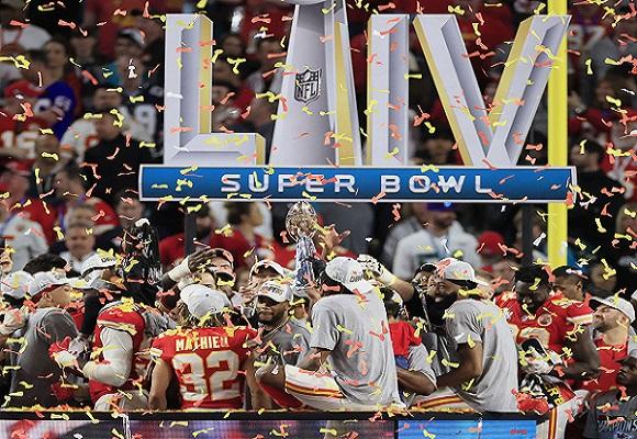 Los Chiefs de Kansas City festejan. Foto:AP