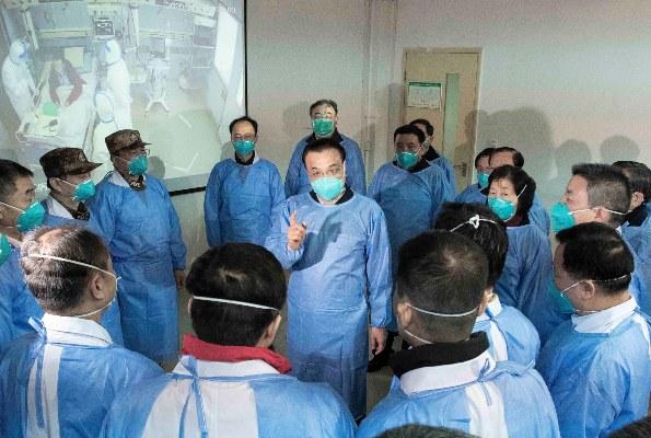 El brote, denominado 2019-nCoV provisionalmente por la OMS, ha provocado al menos 426 muertos en China continental y más de 20,000 contagiados, además de haberse detectado casos en otros países.