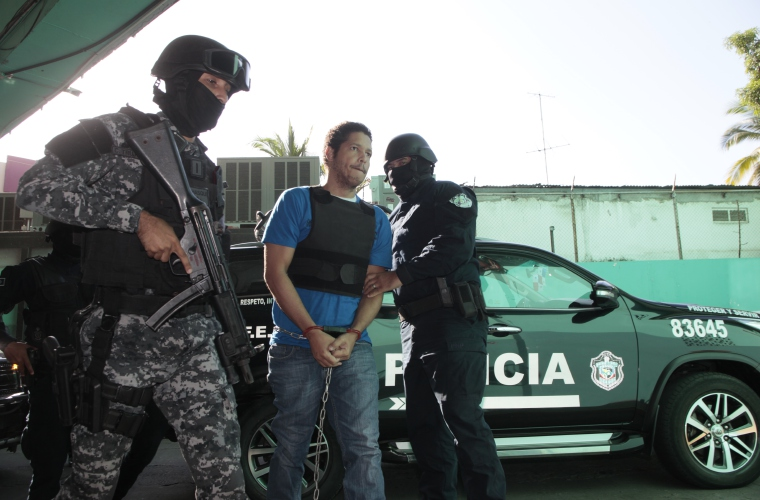 Dominicano Gilberto Ventura Ceballos, condenado por cinco homicidios logra fugarse del centro penitenciario La Nueva Joya.