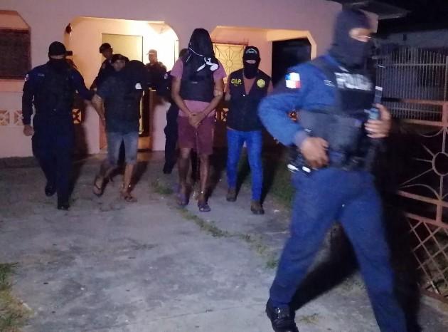 Según la Policía Nacional (PN), desde hace varios días se habían puesto en ejecución la 'Operación Leopardo', en la que se verificaban posible escondites de estos presuntos homicidas.