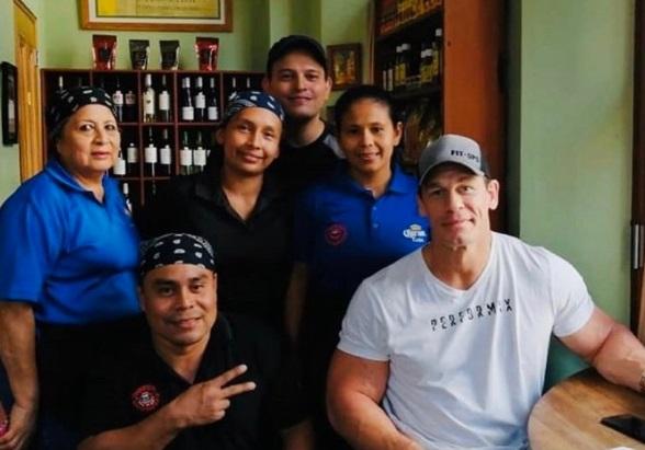 John Cena en Panamá. Foto: Twitter