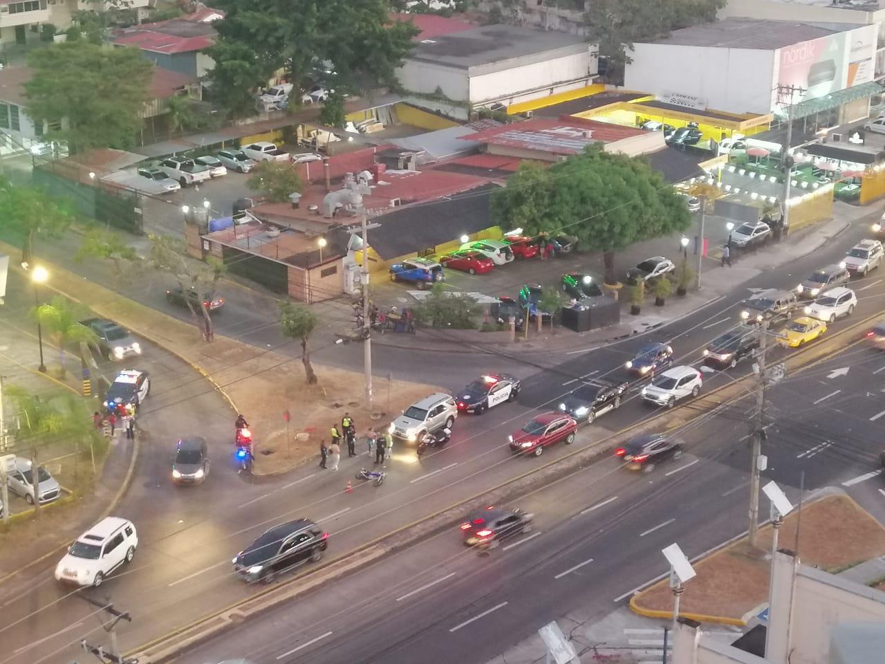 El hecho se registró a la altura de La Alameda, sobre la Vía Ricardo J. Alfaro. Foto: Cortesía.