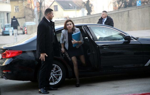 Alma Zadic es hija de refugiados bosnios. Foto / Denis Lovrovic/Agence France-Presse — Getty Images.