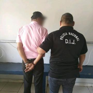 La audiencia se realizó a puerta cerrada ya que las víctimas son tres menores de edad de 1, 5 y 6 años. Foto/José Vásquez