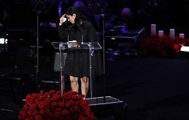 Vanessa lloró durante su discurso.