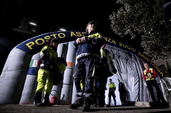 Instalan una cúpula aérea en el hospital Spallanzani en caso de que aumente el número de contagiados con  Covid-19. FOTO/EFE