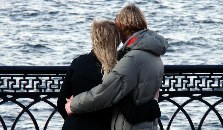 Las malas costumbres en la pareja pueden iniciar como algo