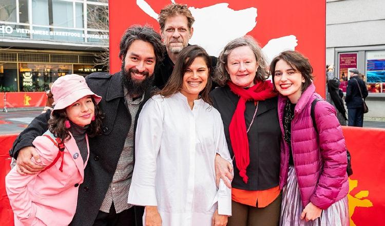 María Galant, Vinicius Lopes, Felipe Kannenberg, Luciana Mazeto, Maryanne Redpath y Anaís Grala Wegner. Berlinale.de