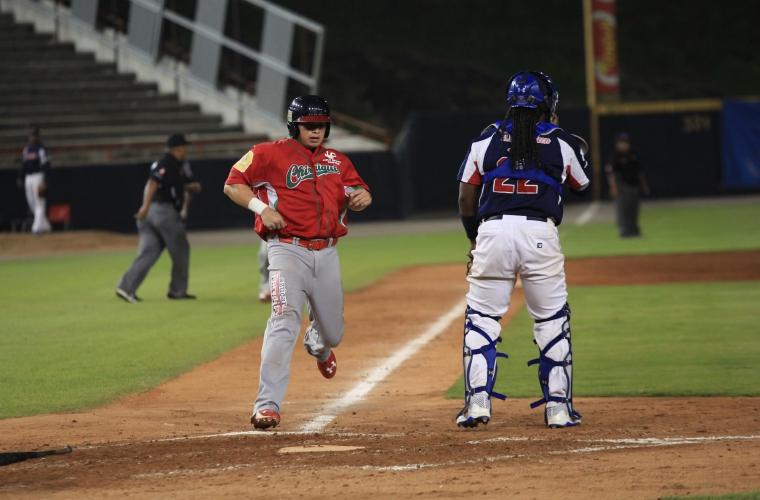 Xavier Quiroz es el primera base de Chiriquí. Foto:Anayansi Gamez