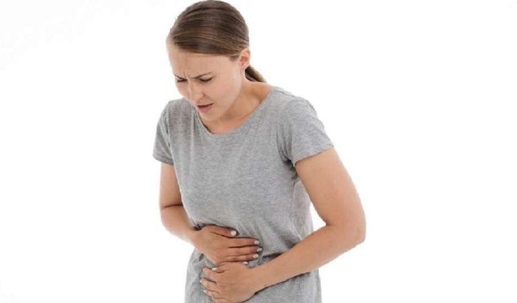 Calambres abdominales pueden anunciar un episodio diarreico.