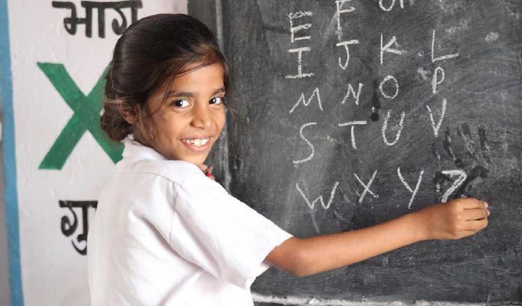 Educación que veta el aburrimiento: Procura llenar cada día de momentos especiales y ayuda a crecer. Pixabay