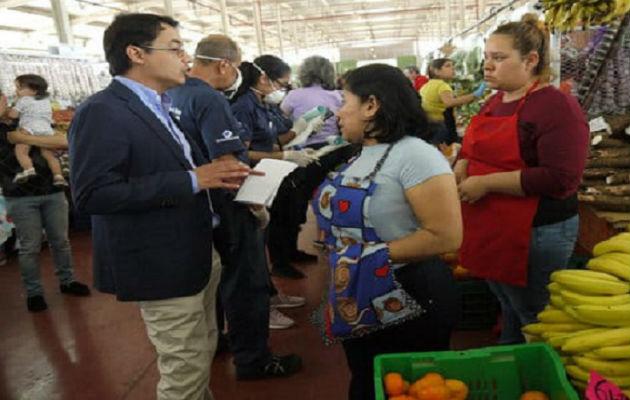Las autoridades han detectado que en ciertos comercios hay escasez de estos productos. Foto: Acodeco.