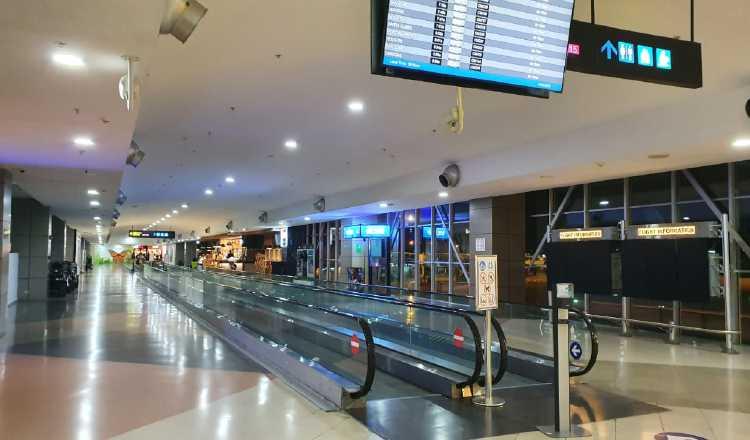 Así se encontraba en el día de ayer, el aeropuerto internacional de Tocumen, luego de la suspensión de los vuelos comerciales de Europa y Asia. Cortesía