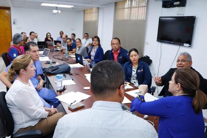 Las autoridades afirman que trabajan de forma coordinada en acciones sanitarias y de seguridad. Foto: MINSA
