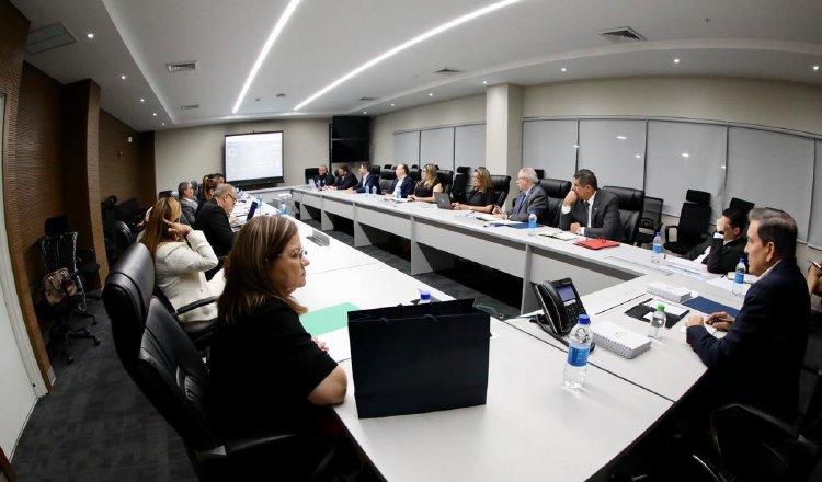 Hoy habrá Consejo de Gabinete y se espera que haya nuevas medidas para enfrentar la actual situación de emergencia que se vive, especialmente en materia económica.