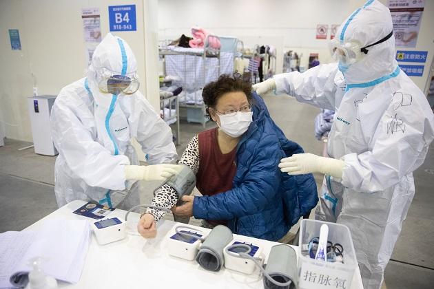 El coronavirus de Wuhan es una enfermedad zoonótica, es decir, que puede transmitirse de los animales a los humanos.