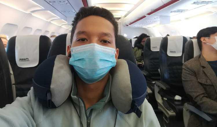 El joven que viajó en el mismo vuelo del primer paciente de COVID-19, oficializado en Panamá, ha adoptado medidas de aislamiento social, en conjunto con sus familiares.