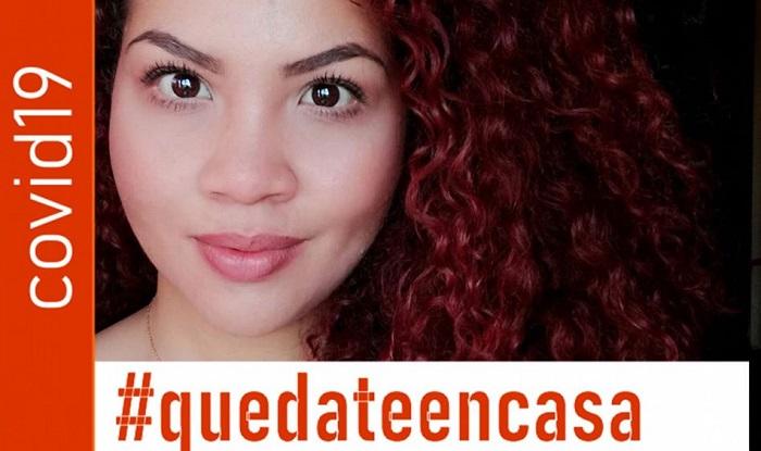 Alejandra González presenta esta imagen en su perfil de Facebook, apoyando la medida #quedateencasa.