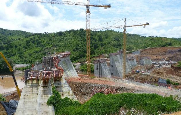 La ministra de Salud, Rosario Turner confirmó que en Minera Panamá se detectó un caso positivo.