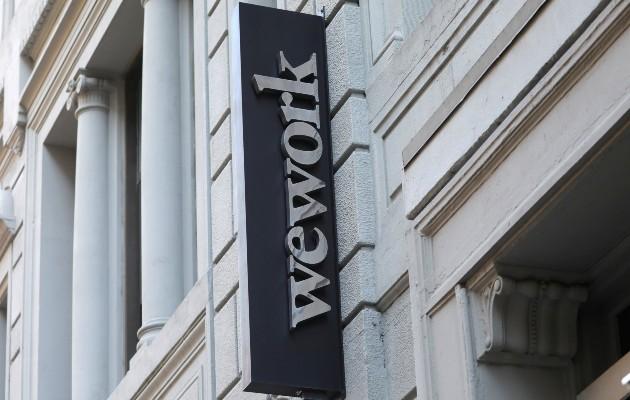 WeWork, la empresa de renta de oficinas, canceló su OPI y cambió a su director ejecutivo el año pasado. Foto / Mike Segar/Reuters.